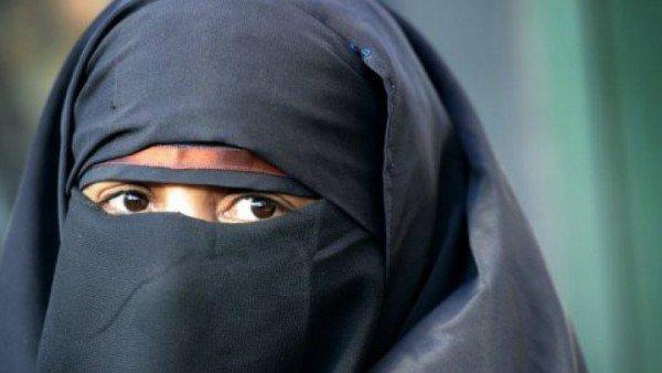 veil-woman